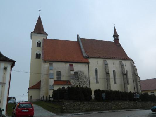 Načeradec, kostel sv. Petra a Pavla