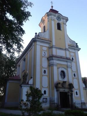 Pohořelice, farní kostel sv. Jana Nepomuckého