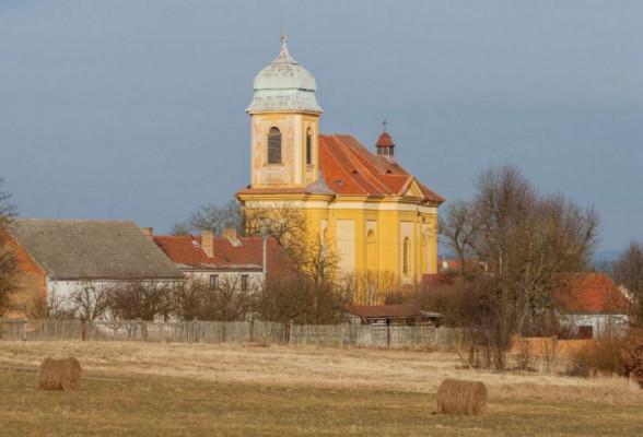 Chválenice, kostel sv. Martina