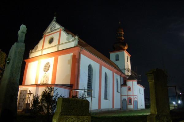 Lipová, kostel sv. Šimona a Judy