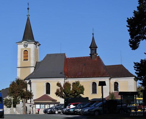 Kostel sv. Petra a Pavla v Novém Hrádku