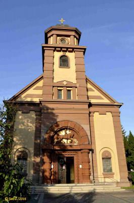 Kostel sv. Václava v Kladně – Rozdělově / Vystavěn podle projektu architekta Františka Havleny (1925 – 1927)