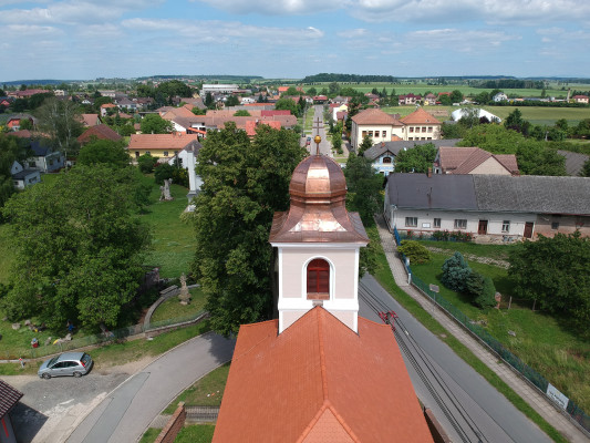 Kostel Praskačka / Letecký pohled